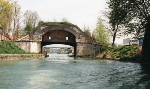 Canal de l ´Est alkaa ampuma-aukot saksmanneja varten