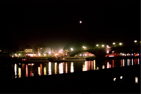 Mosel iltavalaistuksessa Cochem - Kond