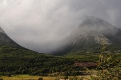 Mountains behind Rio Pipo.2