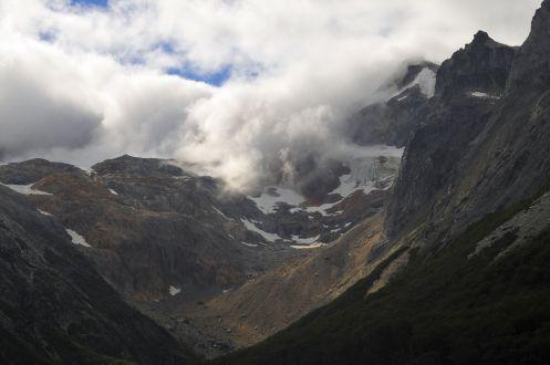Vuoristoa Lgo Esmeraldan länsipuolella