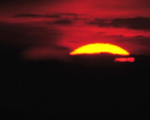 Auringonlasku kevat 2010