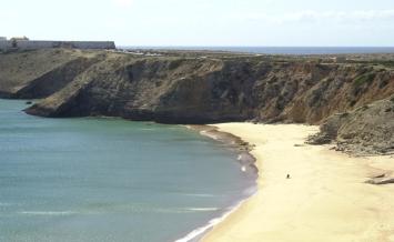 Sagres Point surfers beach
