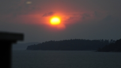 Auringon hehku Airiston selällä