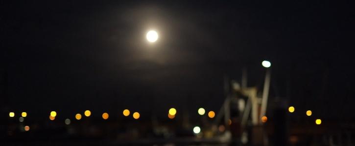 Kuu ja muut valot