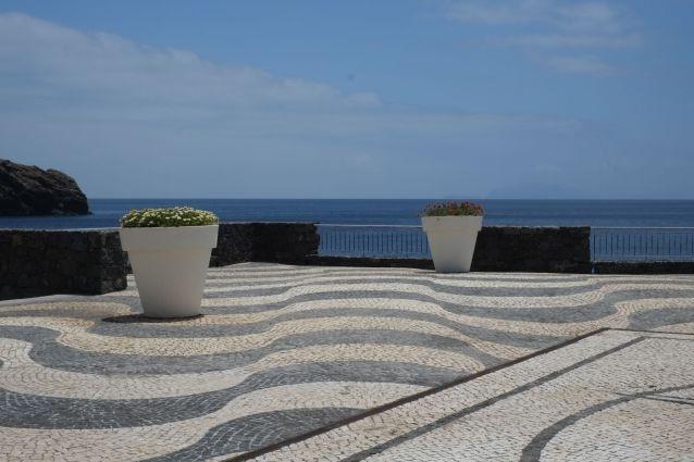 Quinta do Lorde balcony to the sea