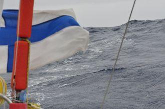 Wind flyes Finnish flag