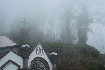On the road to Pico Arreiro